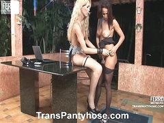 Jessica&Claudio ladyman pantyhose video