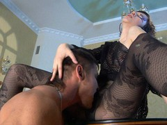 Funky playgirl gets her legs in fashion tights worshipped for a pantyhosejob