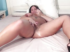 Watch this lonely mature with a fat body Beau. At her late thirties this bbw lady has her temptation to do something naughty. So this babe takes off her clothes, puts her high heels on and acquire on the bed to acquire naughty. With the fingering in her clitoris, the masturbation, makes her feel juvenile and alive. Keep watching if you love this bbw!